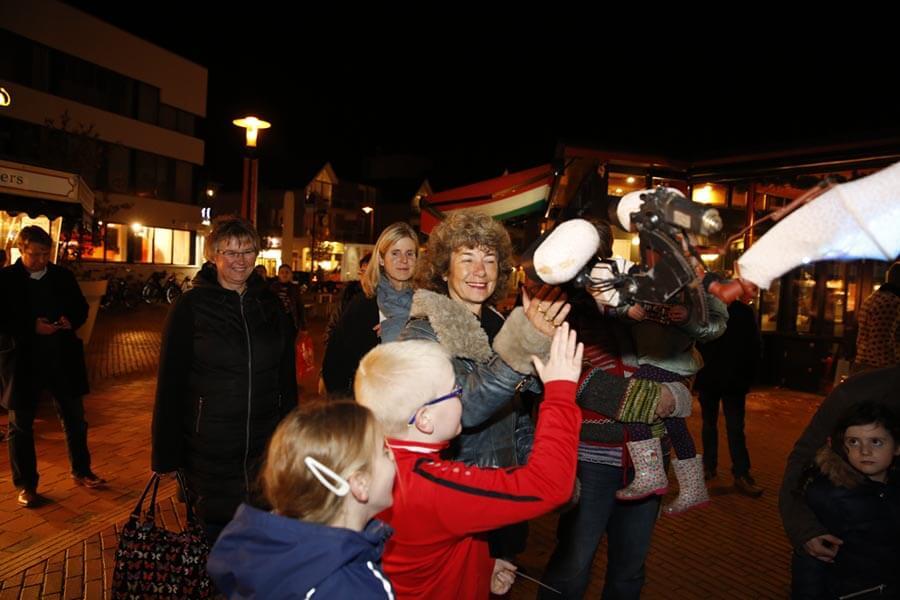 Lichtbrengers van het Wad straattheater